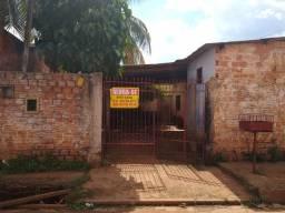 Vende-se casa dupla bem localizada (2,7 km do Porto Velho Shopping)