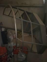 Escada de ferro em perfeito estado