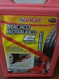 Macaco hidráulico nunca usado