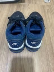 Tênis Nike 26/27