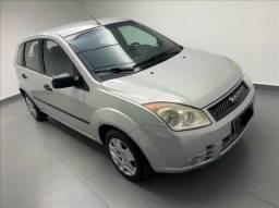 Fiesta 1.0 8V . Carro Novo