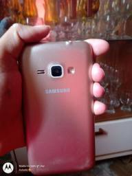 Samsung J1 normal.
