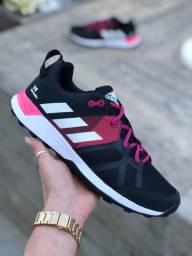 Título do anúncio: Tênis Adidas Kanadia Tr8 - 180,00