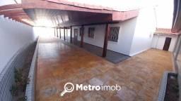 Casa de Conjunto com 4 quartos à venda, 420 m² por R$ 800.000 - Quintas do Calhau - MN