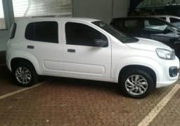 Vende-se Fiat uno a vista ou parcelado.
