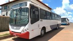 Ônibus urbano Comil