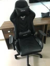 Cadeira Gamer e Mesa