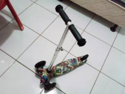 Patinete infantil usada com Led nas rodas
