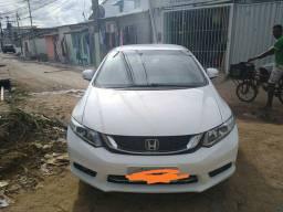 Honda Civic Impecável