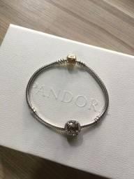 Bracelete Pandora com fecho de ouro