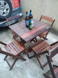 Mesa com 4 cadeiras 330 reais