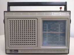 Rádio antigo Motoradio 6 Faixas
