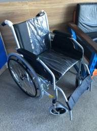 Cadeira de Rodas 100 kg de capacidade NOVA