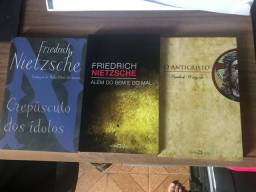 3 livros de Nietzsche em perfeito estado