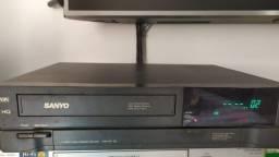 Video cassete marca Sanyo VHR-9401 BR