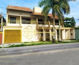 Sobrado de alto padrão à venda no bairro João Gualberto em Paranaguá/PR