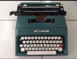 Máquina de escrever Olivetti College (de ferro não é de plástico) 200,00
