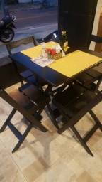 Mesa de bar restaurante 70x70 com 4 cadeira 300.00