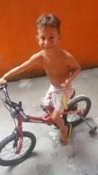Bicicleta infantil do Flamengo