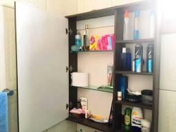 Armário com Espelho e Prateleiras para Banheiro