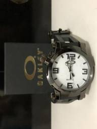 669a6066abd Relógio Masculino Oakley