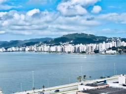 Linda Cobertura 03 suítes + lavabo, espetacular vista mar, 04 vagas, 289,56 m² privativos