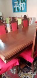 Mesa com 8 cadeiras madeira