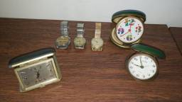 6 relógios antigos