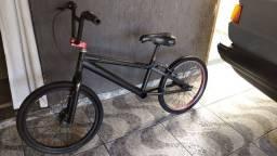 Bicicleta BMX Alfameq