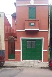 Casa reformada na Cidade Baixa - Raridade