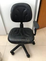 Cadeira com rodinha para escritório