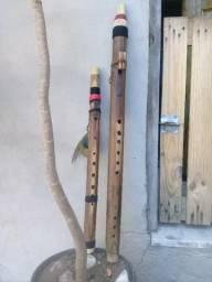 Flauta nativa de bambu