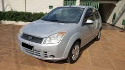 Ford Fiesta 1.0 Flex 2007/2008 4 portas - Cor prata, em perfeito estado, revisado
