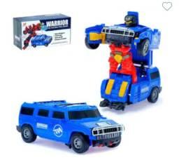 Carro que vira robô Warrior com som e luz