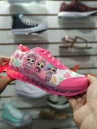 Tênis infantil que pisca rosa