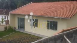 Linda casa de 03 quartos no bairro N. Sra. de Fátima em Penha/SC. Ref Vpenha01