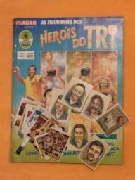 Álbum figurinhas Heróis do Tri