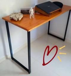 Mesa / Escrivaninha industrial com entrega