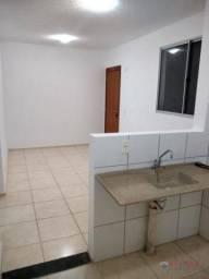 Apartamento com 2 dormitórios para alugar, 44 m² por R$ 650/mês - Vila Toninho - São José