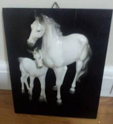 Quadro alto relevo cavalo 15X55 R$650,00 (estudo proposta)