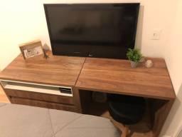 Vendo mesa de estudos e escrivaninha