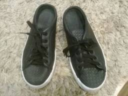 Tênis preto, tamanho 36