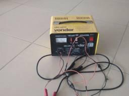Carregador de bateria.