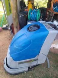 Máquinas de limpeza