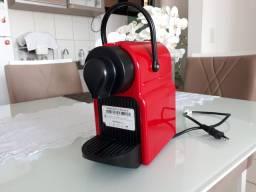 Máquina Nespresso Inissia 220v