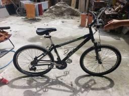 Bicicleta aro 26 com 21 marchas esportiva