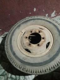 2 rodas da 608com Câmara montada e tudo cheio pneus meio vida