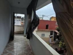 Alugo Casa na Trindade - Rua Cuiabá - Otima Localização
