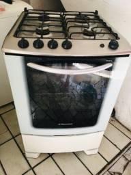 Fogão e geladeira 350