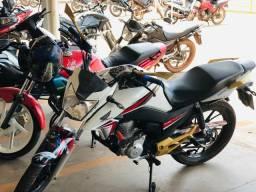 Vendo a vista Moto titan